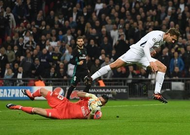 3-0. Llorente se estrena como goleador en el paseo del Tottenham ante Apoel