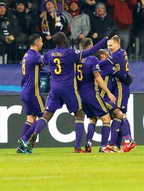Un tanto del brasileño Tavares pone en ventaja al Maribor al descanso