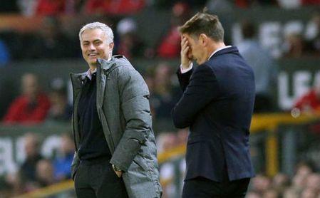 Sevilla-Manchester United: Mou se cruza en el camino