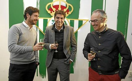 Torrecilla ya fichó a Víctor en el Betis, para reemplazar a Poyet.