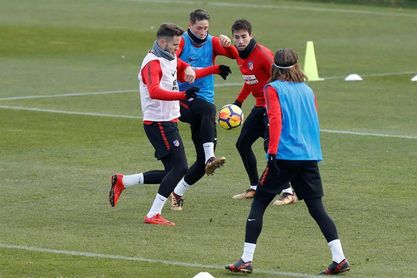 Gaitán vuelve a entrenar con el grupo, Griezmann sigue su recuperación aparte