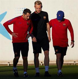 Rakitic: El Barcelona compensa la ausencia de Neymar con más esfuerzo colectivo
