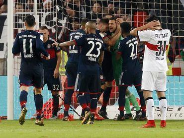 El Bayern gana con gol de Müller en duelo dramático y aumenta la ventaja