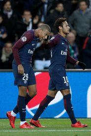 Neymar y Mbappé guían al París Saint Germain en Rennes