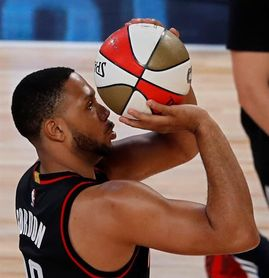 120-99. Gordon destroza a Jazz y Rockets llegan a 14 triunfos consecutivos
