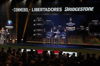 En el sorteo de la Copa Libertadores y la Sudamericana se rendirá tributo a Pelé y Maradona
