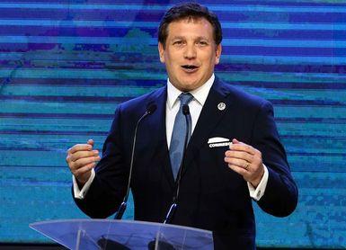 Domínguez insta a erradicar la violencia de los estadios suramericanos
