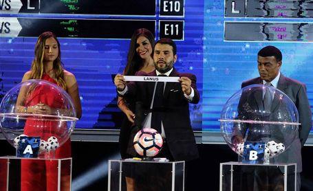 Tres duelos entre argentinos y brasileños destacan tras el sorteo de la Sudamericana