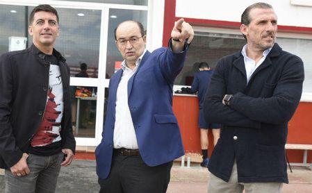 Castro y Arias siguen fuera, buscando entrenador.