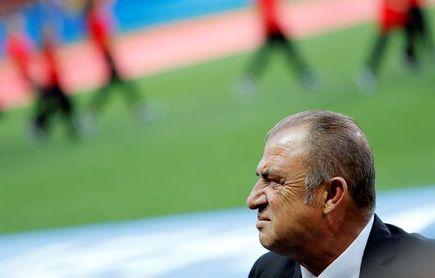 Fatih Terim, ex técnico de Turquía, pide 3,5 millones a la Federación turca