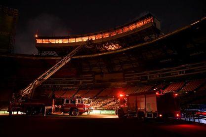 Un incendio destruye parte del estadio Quisqueya de la capital dominicana