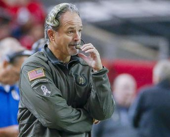 Los Raiders quieren a Gruden; los Giants a Schwartz y se van Arians y Pagano