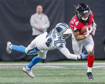 22-10. Bryant da a los Falcons el boleto a los playoffs y se enfrentarán a los Rams
