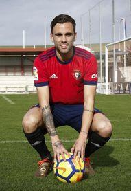 """Rober Ibáñez: """"Tengo ganas de poder tener minutos y disfrutar con Osasuna"""""""
