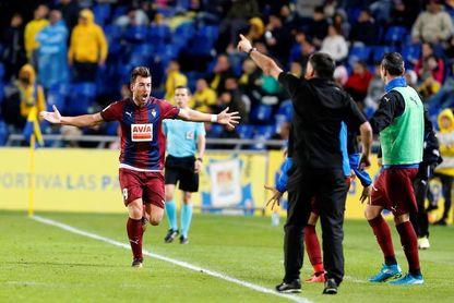 1-2. El Eibar remonta en la segunda parte y reactiva la ´alerta amarilla´