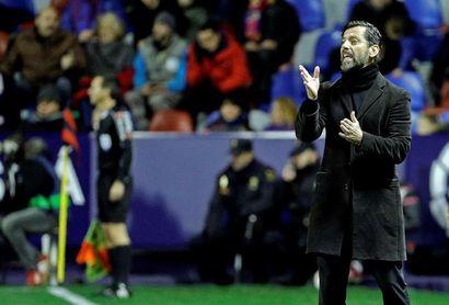 """Quique S. Flores: """"Soy el entrenador del Espanyol y lo seré"""""""