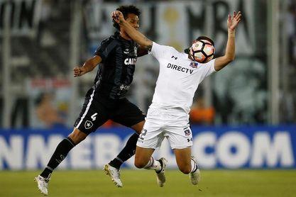 Uruguayo Octavio Riveros baja en el Colo Colo por rotura de menisco