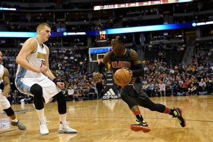 102-99. Schroder y Hawks sorprenden a Spurs