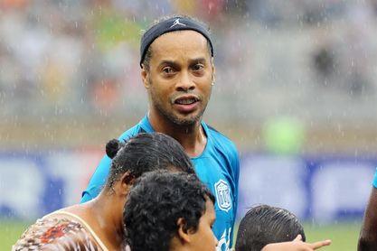 Ronaldinho tendrá varios partidos de despedida este año en su retiro oficial