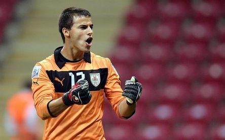 El Fluminense anuncia la contratación del portero uruguayo De Amores