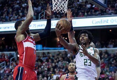 109-105. Bucks ganan a Suns sin Kidd en el banquillo y en debut de Prunty