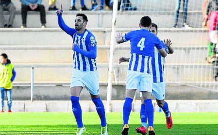 Juan Delgado celebra su gol