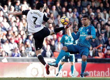 1-4. El Real Madrid alivia su crisis con solvencia