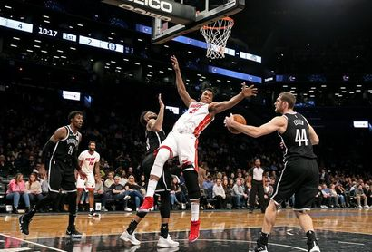 88-95. Whiteside impone su poder y Heat barren la serie ante Mavericks