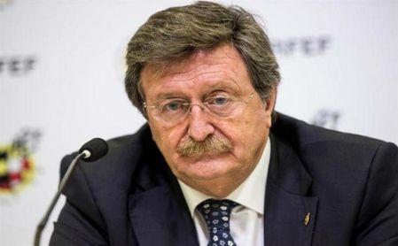 Juan Luis Larrea, presidente de la RFEF, durante un acto.