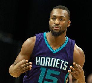 110-123. Walker impone su marca personal en triples y ganan los Hornets
