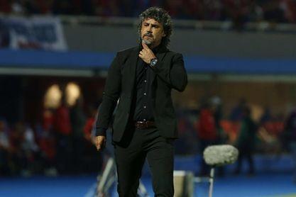 Leonel Álvarez abandona el Cerro Porteño a dos días de comenzar la Liga