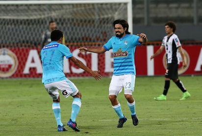 La liga peruana comienza sin conocerse si se jugará el partido inaugural