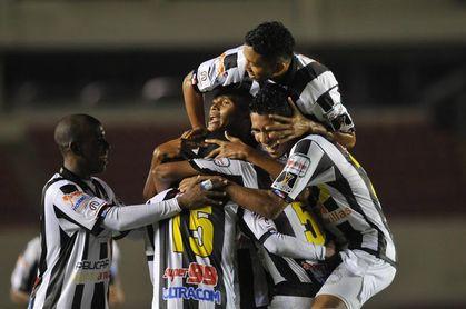 Alianza y Tauro cierran la quinta fecha de la LPF con un empate a tres goles
