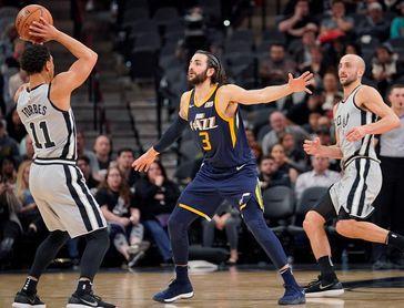Los Rockets hunden a los Cavaliers y los Jazz tienen su mejor racha ganadora de la liga