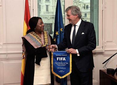 El Gobierno y la FIFA coinciden en la necesidad de solucionar la situación de la RFEF cuanto antes