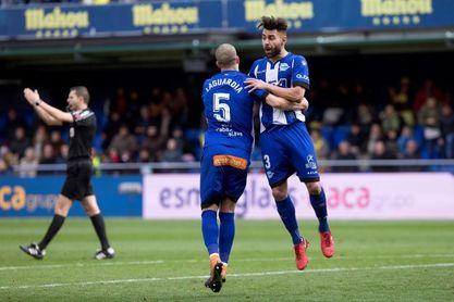 1-2. El Alavés logra un triunfo vital en un partido vibrante ante el Villarreal