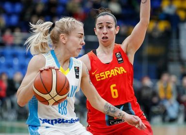 68-72. España gana en Kiev y pone pie y medio en el Eurobasket 2019