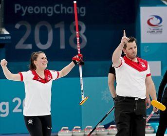 Suiza y Canadá se disputarán el primer oro de dobles mixto