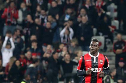 El Niza denuncia gritos racistas contra Balotelli en un partido de Liga