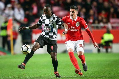 El Benfica, líder tras vencer al Boavista (4-0)