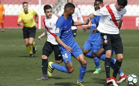0-3: Paso hacia la salvación del Almería, que desahucia al Sevilla Atlético
