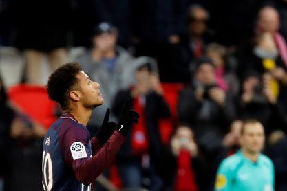 Los jugadores del PSG se conjuran antes de medirse al Real Madrid