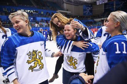 Finlandia, bronce en hockey femenino por tercera vez
