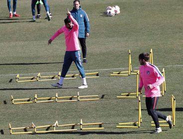Carrasco, ausente del entrenamiento del Atlético con permiso del club