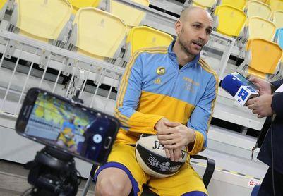 """Albert Oliver: """"Valencia Basket se nos da muy mal pero esperamos ser sólidos"""""""