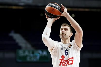 La selección argentina de baloncesto retira el número de Nocioni
