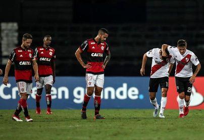 2-2. Con goles uruguayos River Plate saca empate a Flamengo en Río de Janeiro