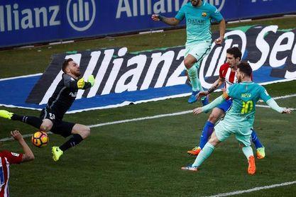 El objetivo de Oblak: frenar a Messi para que haya Liga