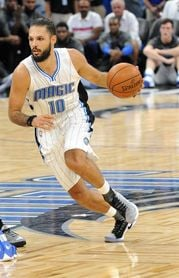 107-100. Fournier sella el triunfo de los Magic