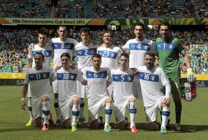 Buffon, Dybala, Totti, Borja Valero, Suso expresan su pésame por la muerte de Astori